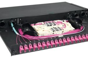Cablaggio fibra ottica